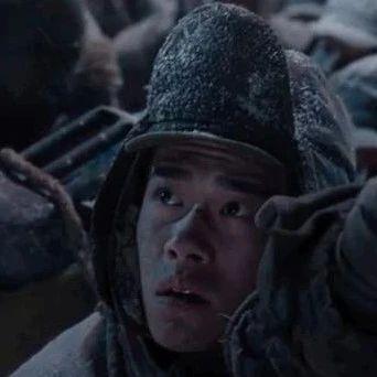 聚焦中国电影  《长津湖》曝吴京易烊千玺兄弟作战预告