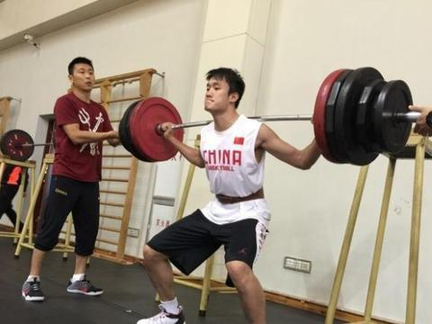 CBA周琦或联手林书豪,辽宁队有心无力,北京男篮渴望夺冠