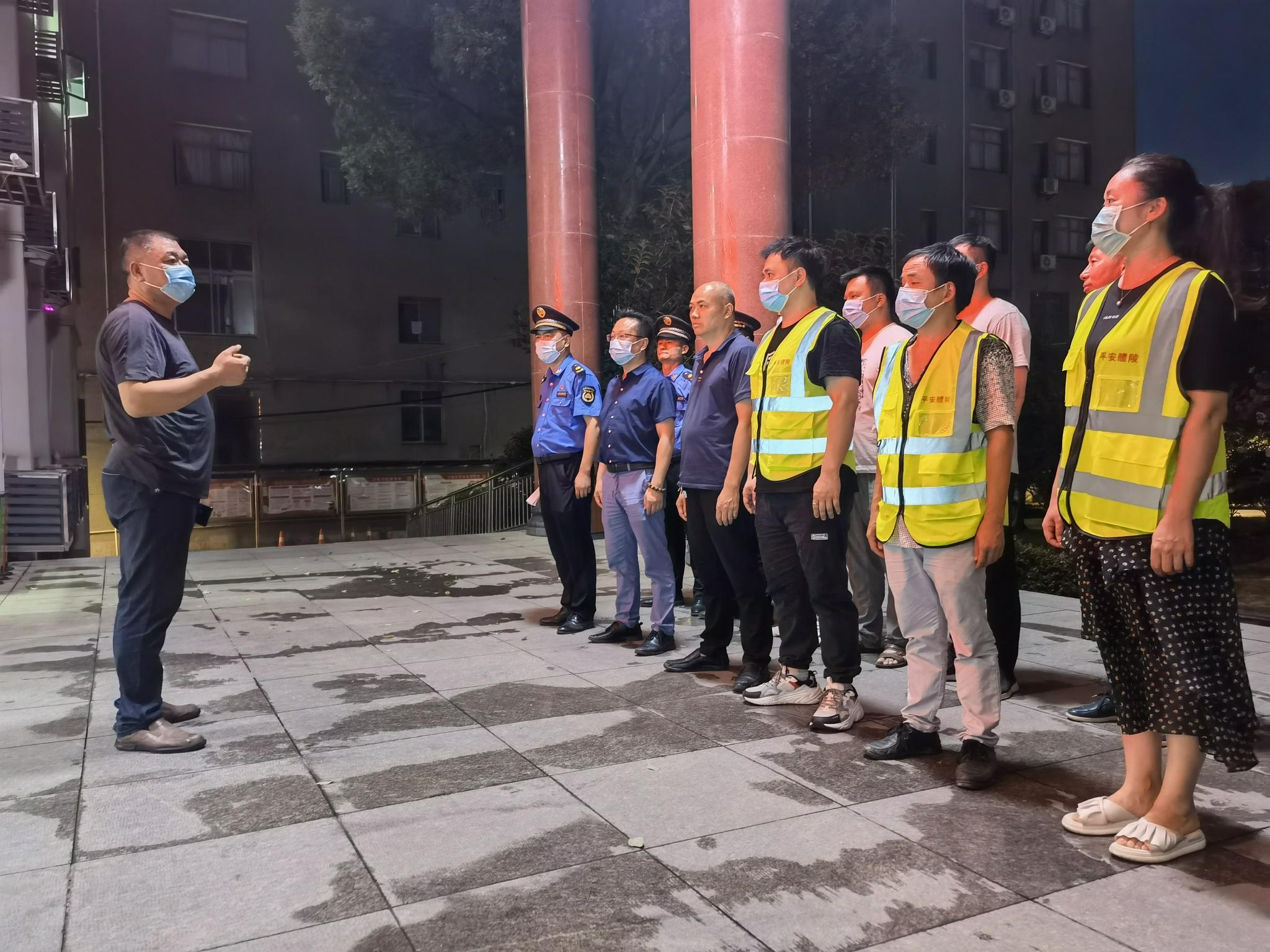 醴陵仙岳山街道集中专项整治 共筑防疫长城