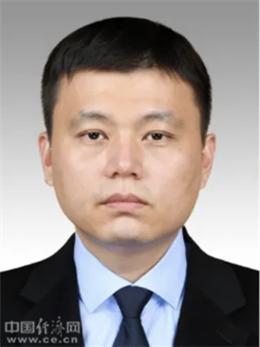 《明朝那些事儿》作者石悦任上海市政府研究室副主任(图|简历)