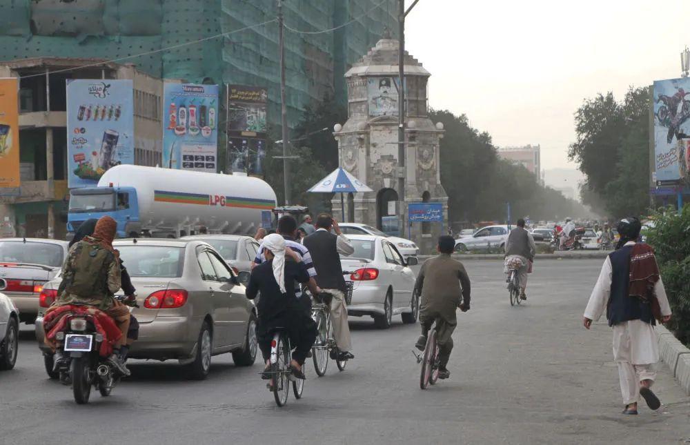 塔利班:希望建立尊重法治、没有腐败的中央制度