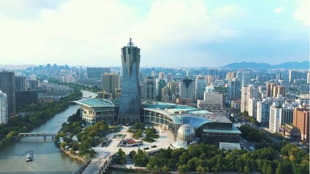中国gdp行业_报告预测:2025年中国服务业增加值占GDP比重将升至60%