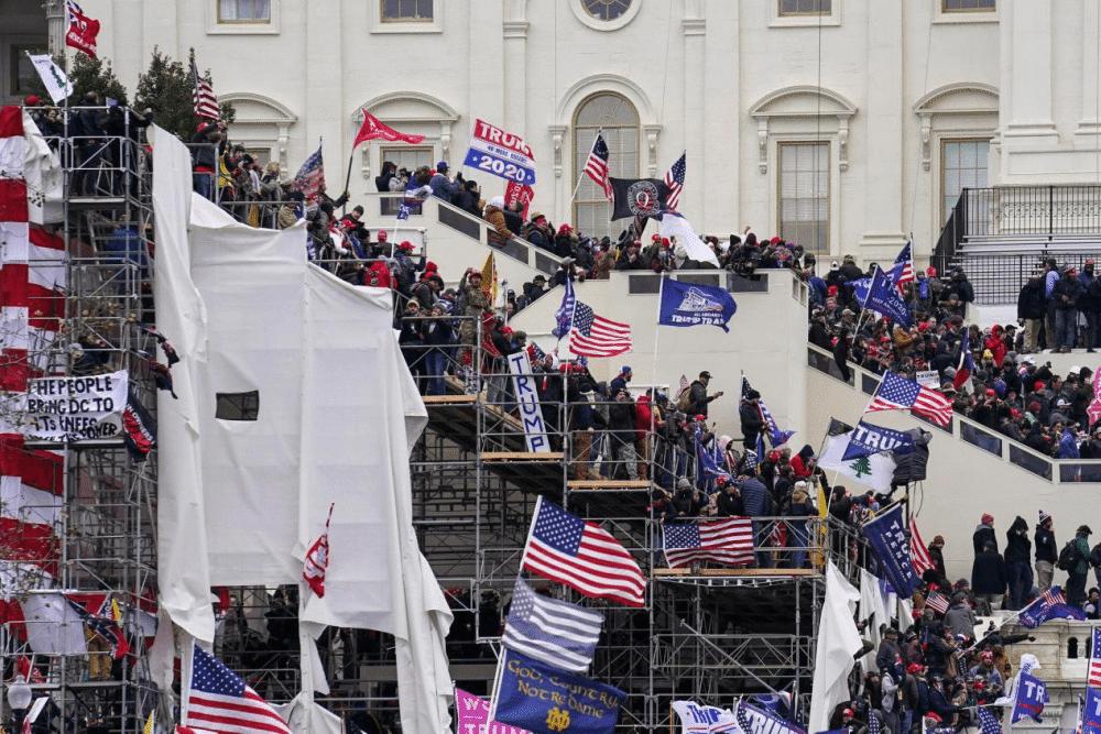 声援国会山抗议集会下周举行 警方担心骚乱重立围栏