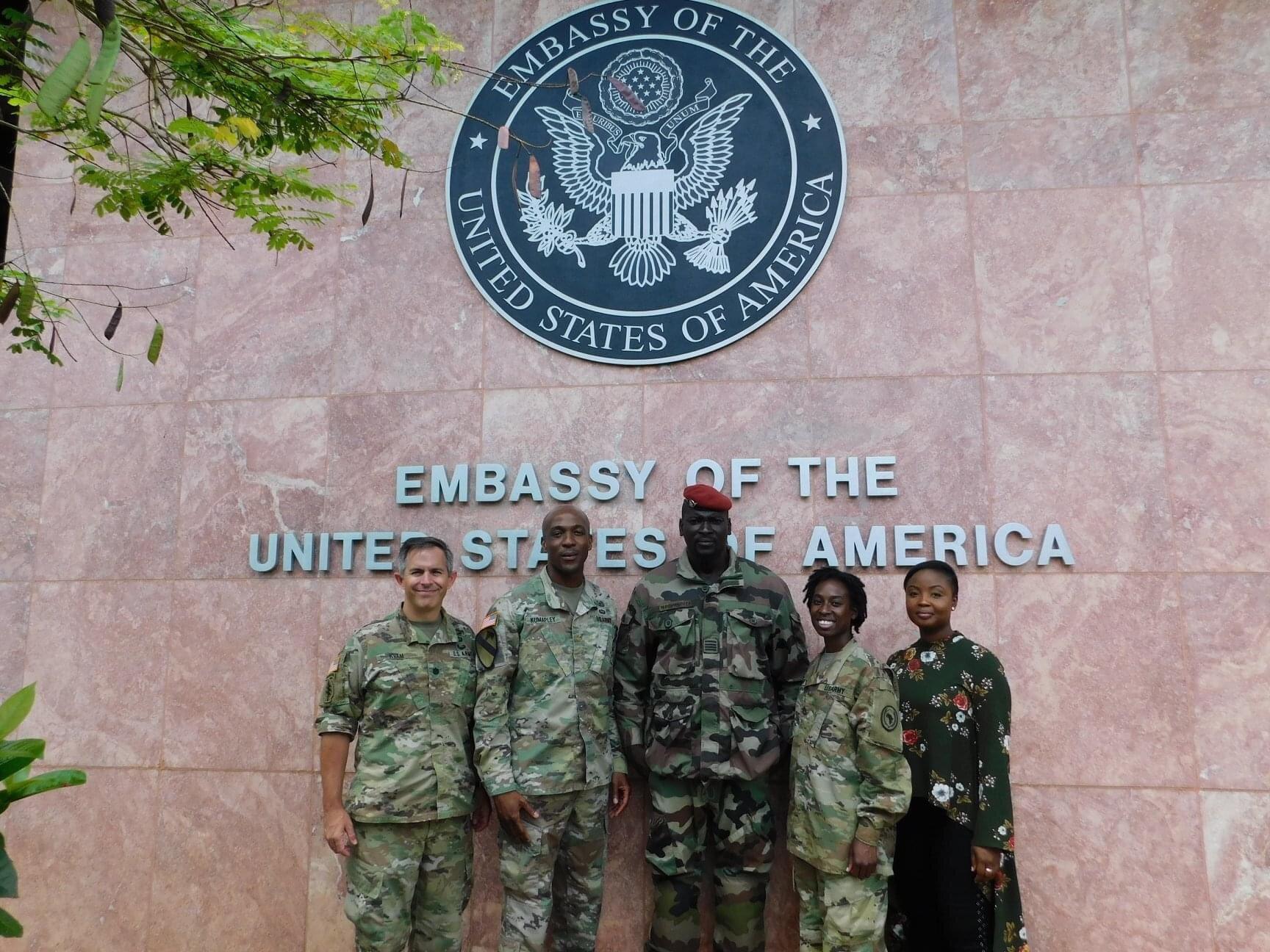 图自美国使馆