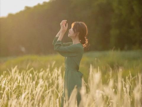 摄影技巧:拍摄秋景人像,以下6个技巧不可忽视
