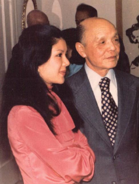 何曼礼忆父亲何凤山:救出上万犹太人是20世纪的诸葛亮