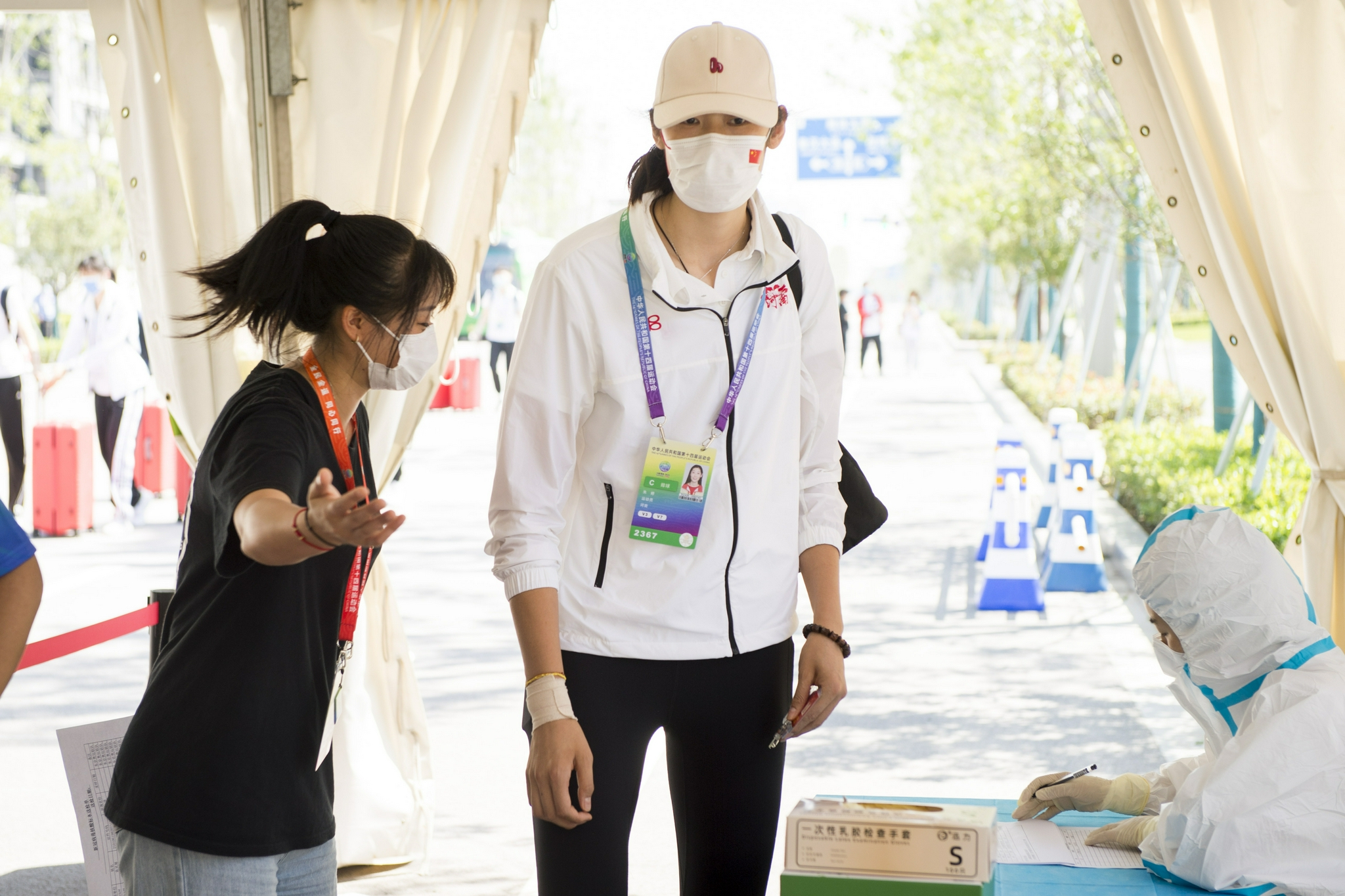 Zhu Ting came to the National Games arena with injuries.
