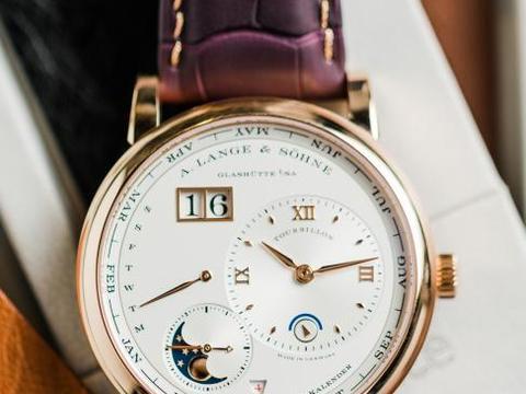 传统表带品牌匠瑞狮携手Watchbox打造私属腕表臻品