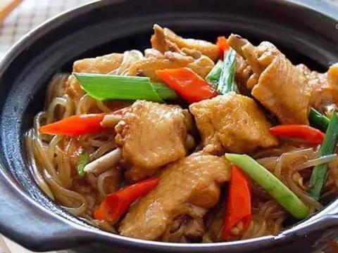 砂锅油豆腐鸡翅煲的做法!