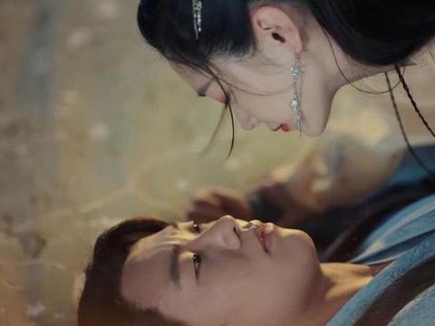 郭麒麟与宋轶拍吻戏紧张到不行,与刘浩存组CP,他会怎么表现?
