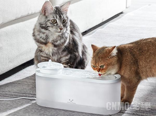 美的F&F宠物智能饮水机推出 搭载无线水泵