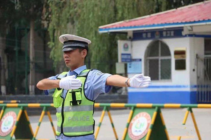 河北省公安厅交管局全力做好中秋国庆假期道路交通保安全保畅通工作