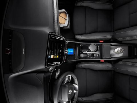 质量超强的沃尔沃汽车这款XC40 SUV车型优点很多!