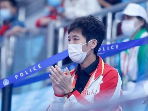 53岁国乒世界冠军罕见现身,带出全满贯官至副厅级,至今依旧单身