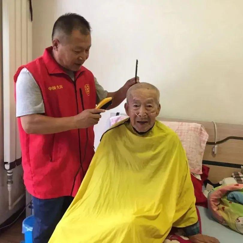 """9月""""中国好人榜""""候选人事迹正在展播,我市吴文宝入围!"""