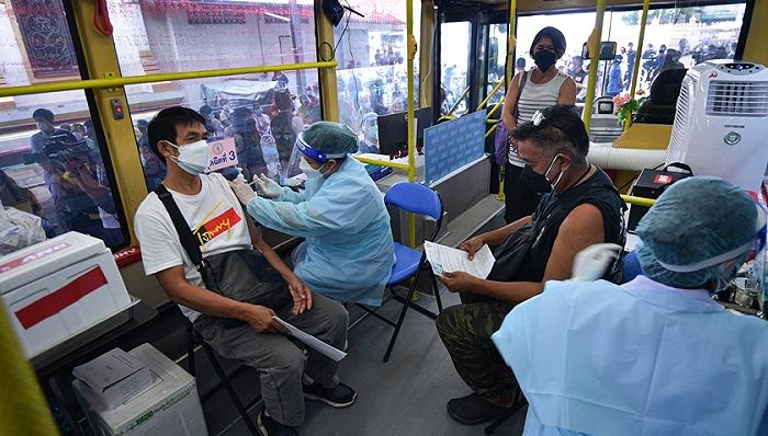 美国将放宽国际航班旅客入境限制,印度下月起恢复疫苗出口   国际疫情观察(9月21日)