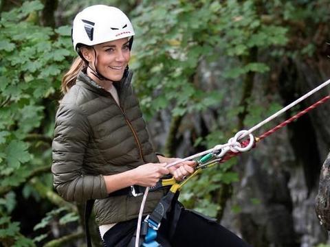 凯特王妃也是极限运动爱好者,她今天攀岩的样子太酷了