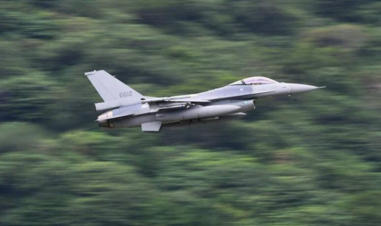 台军F-16V战斗机资料图片