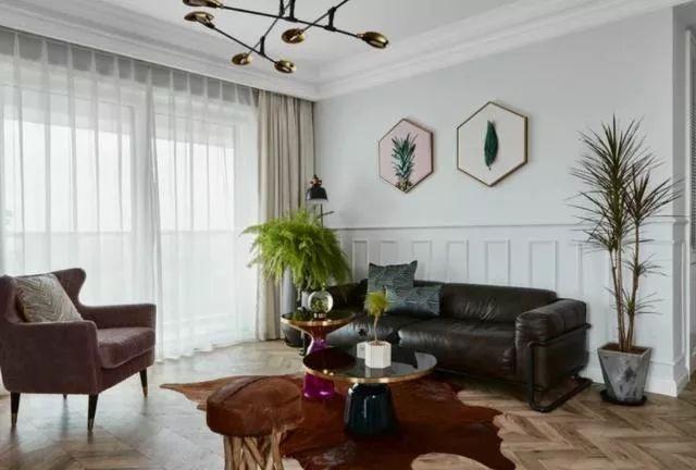 """沐鸣平台装修网 120㎡新房,一进客厅就被迷住了,餐桌穿墙""""一桌两用"""",谁见过"""