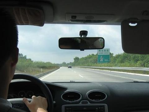 汽车抖动是什么原因?盘点容易造成汽车抖动的问题