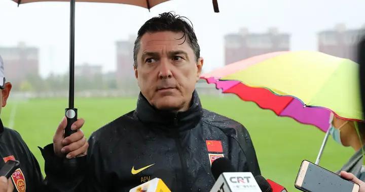 中国男足U18集训队主教练安东尼奥:长春是最好的集训地之一