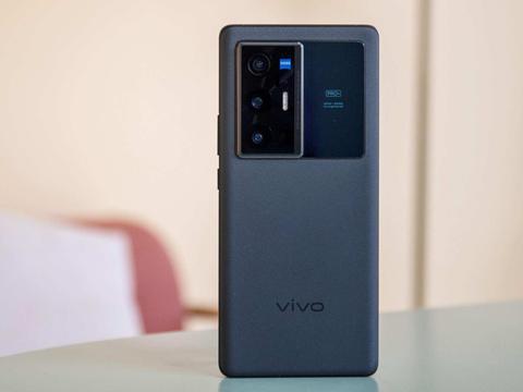 vivo X70 Pro+从设计到体验,到底带来了哪些改变?