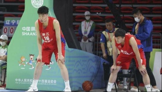 浙江小将不比韩德君差,将是球队的冠军拼图,国家队在向他招手