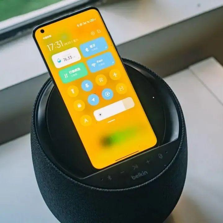 贝尔金 Elite 智能音箱体验:这其实是台音质比肩 HomePod 的无线充电器?