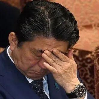 日本首相即将换新人,安倍坐不住了,公开拿台湾说事儿