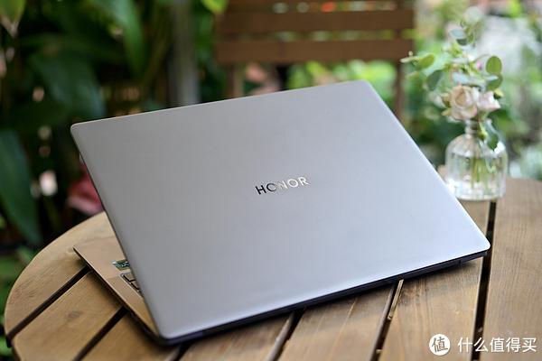 触控屏与Windows11强强联手 全新体验尽在荣耀MagicBook V14