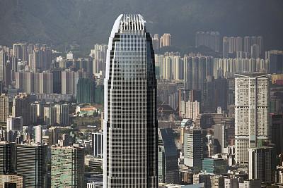 社评:香港拿出亮眼的营商环境成绩单