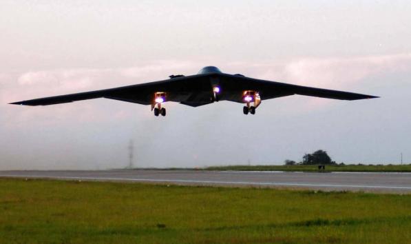 B-2A计谋轰炸机具备很强的隐身本领。