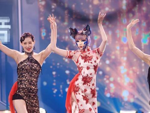 刘令姿又惊艳了,穿旗袍登《蒙面舞王》身姿曼妙,尽显东方古典美