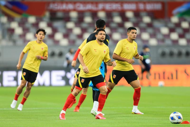 国足踢完沙特将回国 后两个主场比赛有望在苏州踢!