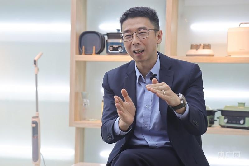 广东新宝电器股份有限公司总裁曾展晖。(央广网记者 黄璐璐摄)