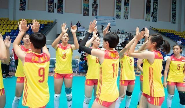 U18女排世锦赛:中国姑娘四战全胜未丢一局,小张常宁发挥抢眼