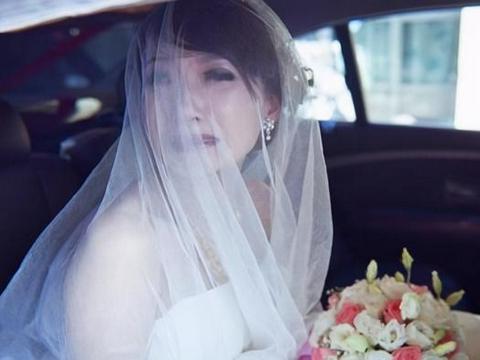 36岁再婚丈夫拒交工资卡,买房拒加妻子名,妻子:我嫁给你图什么