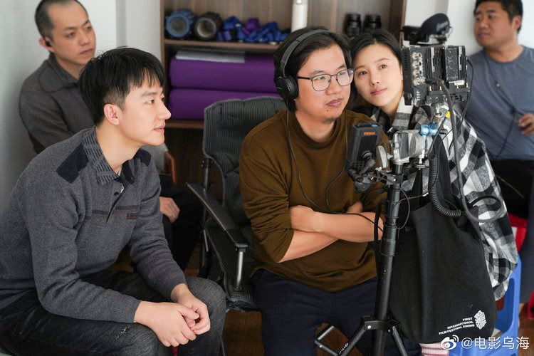 《乌海》曝导演周子陽特辑 与黄轩至今仍以方言交流