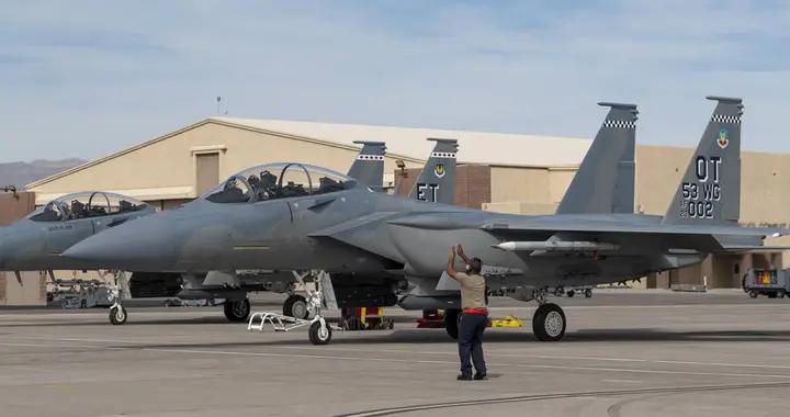 美智库研究员:美空军重振四代机升级F-15EX是死路