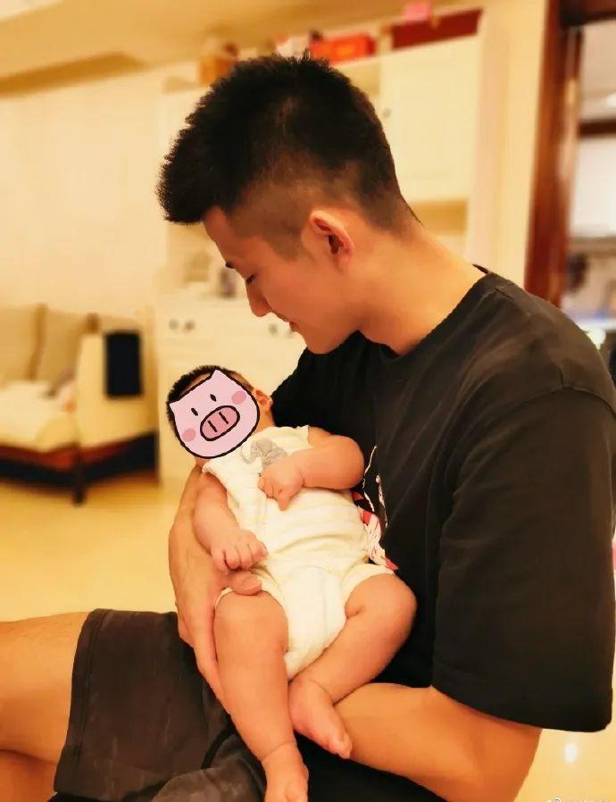 谌龙与宝宝