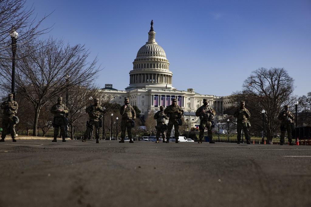 """美国华盛顿特区再增兵5千 """"场面如同内战""""图1"""
