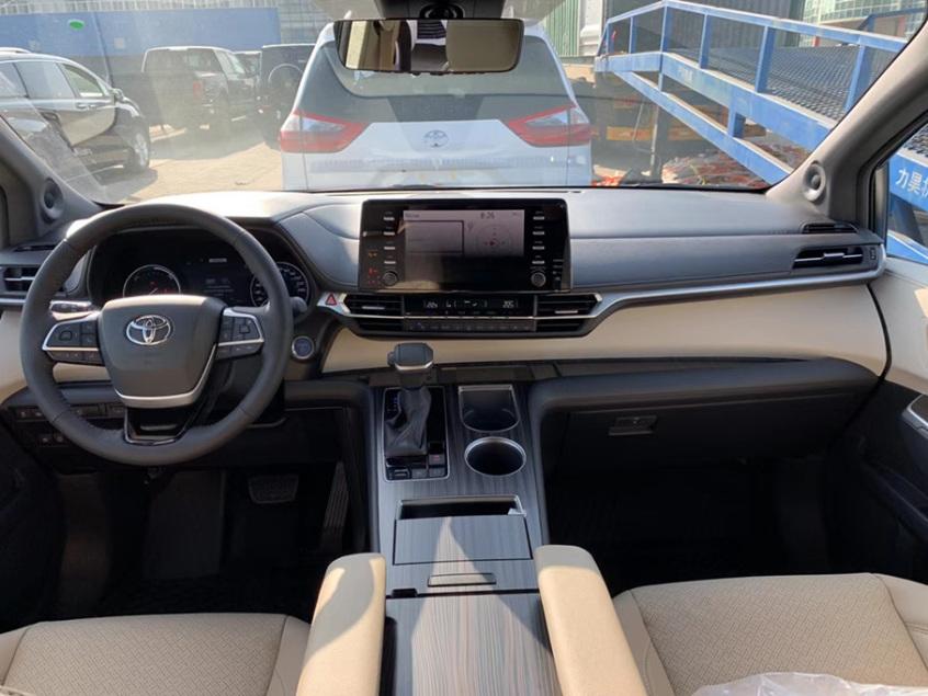 全新丰田Sienna正式到港 明年在华国产