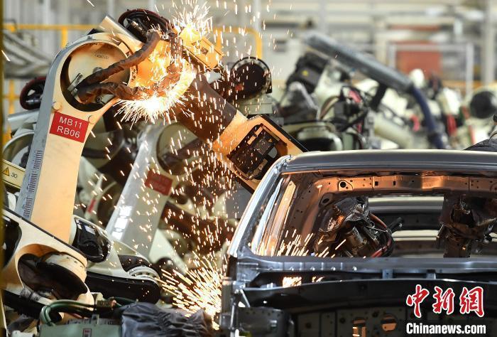 资料图:一自动化汽车生产线。 陈超 摄