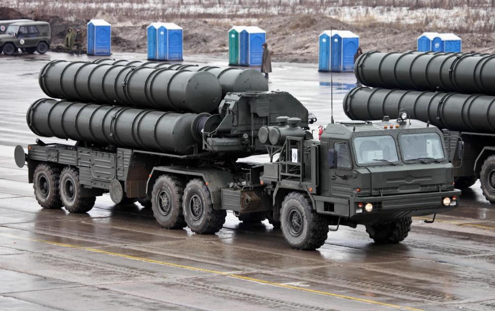 俄罗斯是印度最大的武器供应国,印度可以获得各种类型的先进武器。近年,印度向俄罗斯采购了S-400防空导弹,价值超过50亿美元。