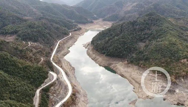 """台州遭遇""""50年一遇""""旱情:暂停对游泳池洗车行供水"""