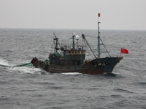 """韩媒:韩国海警以""""非法捕捞""""为由扣押2艘中国渔船"""