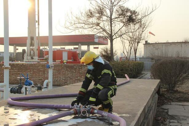 河北省泊头市消防救援大队开展全员岗位大练兵活动