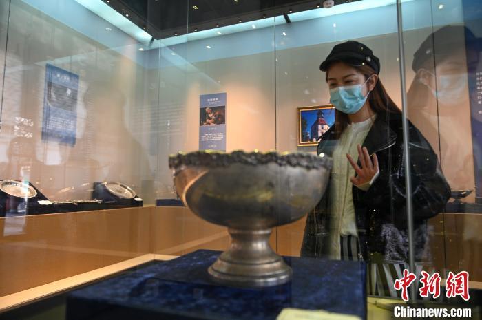 奥地利施瓦策瑙古堡银器在张氏帅府展出