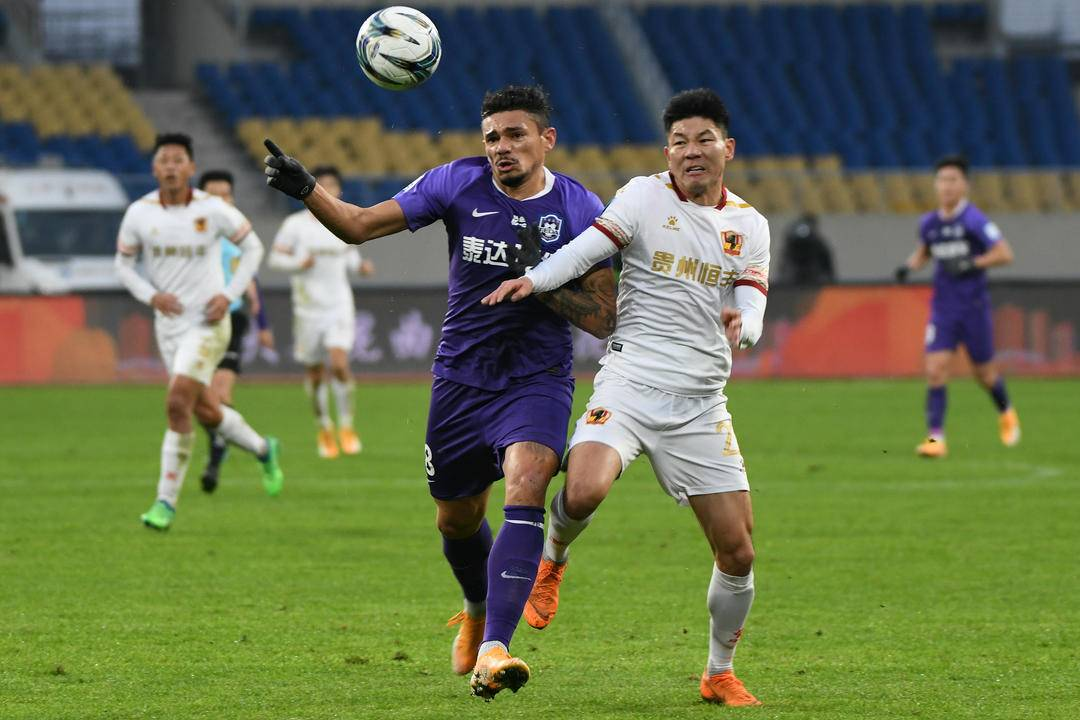 曝苏亚雷斯暗示天津津门虎已有所好转,考虑重返球队踢球方案