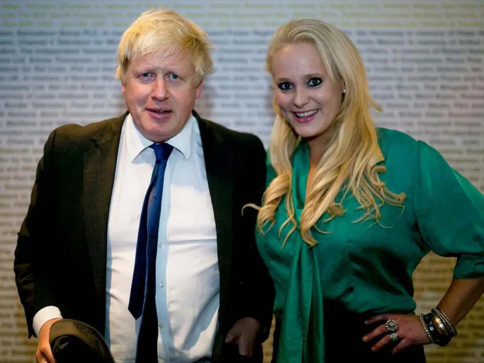 """旧情人爆料英首相约翰逊婚外情细节:擅长""""时间管理"""""""